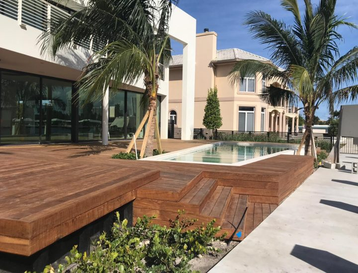 Multilevel ipe pool deck next to intercostal waterway