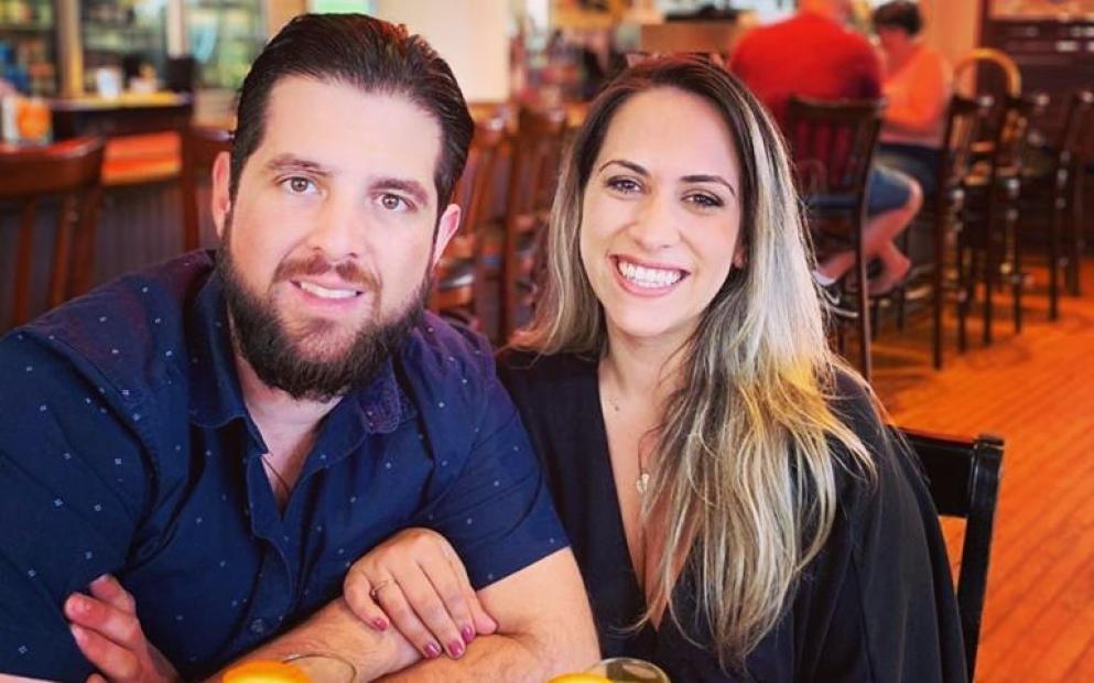 Enzo Vinicius Dolence e Raquel Andrade Brasileiro morre e namorada fica ferida em acidente de moto
