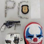 Homem é preso em flagrante por posse de arma e tráfico de drogas em Cristalina