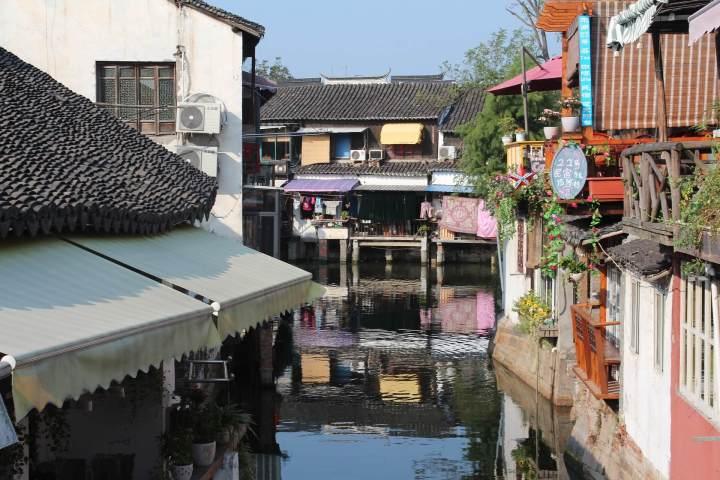 zhujiajiao-2212541_1920.jpg