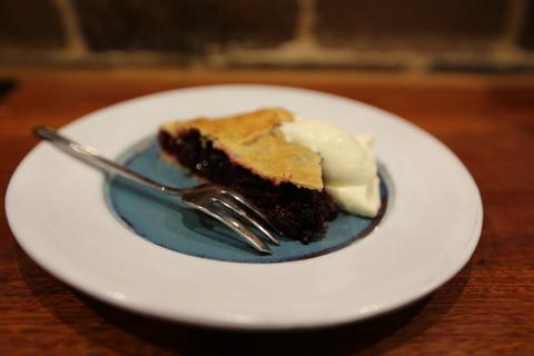 Classic Mulberry Pie