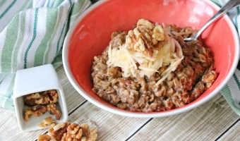 Paleo Apple Cinnamon Oatmeal