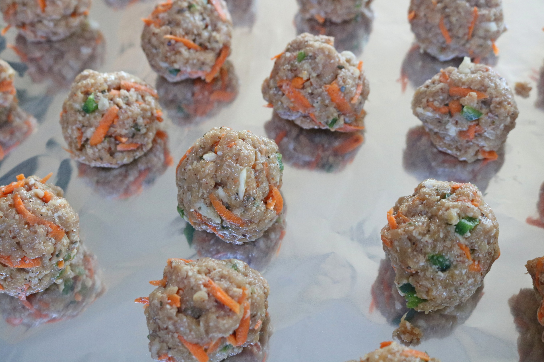 Paleo Spicy Turkey Meatballs