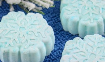 Snowflake DIY Essential Oil Shower Steamers