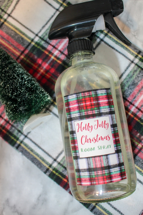 holly jolly room spray