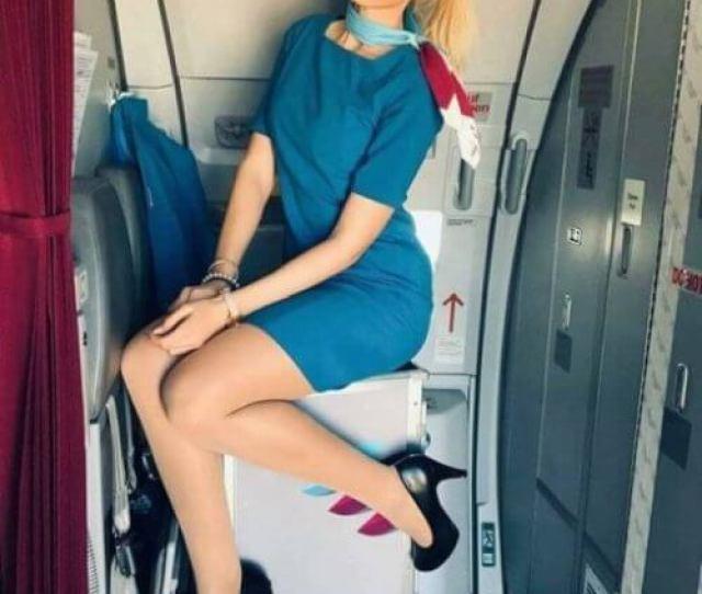 Cute Flight Attendants Breakbrunch
