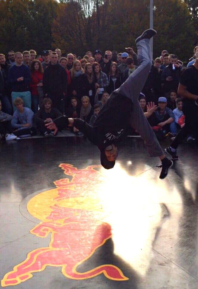 Breaking Arts Flip ninja arial salto bboy cypher ruffbrawl sascha Stollenwerk Aachen Köln nrw Deutschland Battle of the year international redbull Dance Kalle DJ Hummer Braunschweig boty bcone