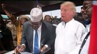 "Photo of Miguna Miguna Offers To Swear Donald Trump As America's ""People's President"""