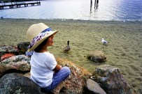 E was having a good time with these native birds