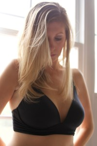 The Only Nursing Bra (and Maternity/Nursing Pajamas) that You'll Ever Need, A Kindred Bravely Product Review, by Breastfeeding World, BEst Nursing Bra Reviews