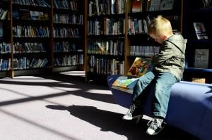reading nook breastfeeding world