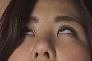ガチで首絞め首吊り失神で失禁動画。恐怖する女の顔がエロい