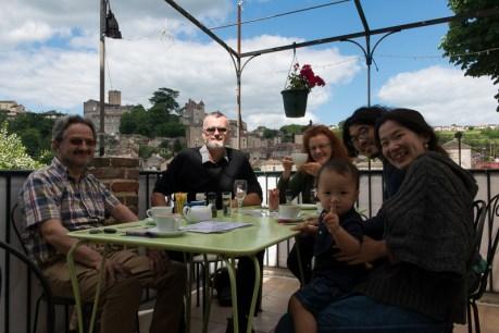 Touzac, Jean-Pierre, Mike, Sian, Yuya, Ichan & Nanae