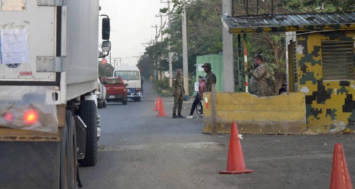 Resultado de imagen para Haitianos huyen atemorizados de Pedernales