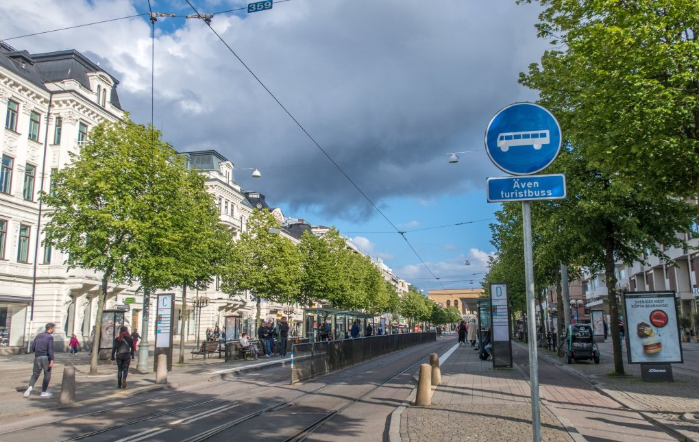 Photo shows a street with tram stops in Gothenburg