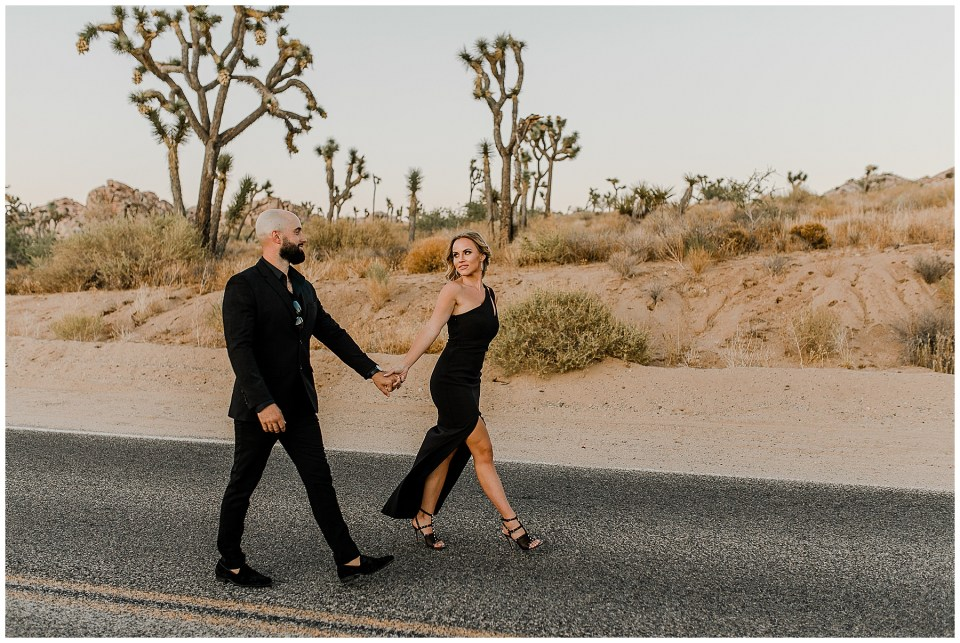 engagement pictures in joshua tree