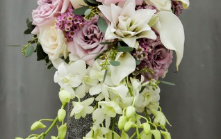 Choosing Orchid Bouquets for your Wedding