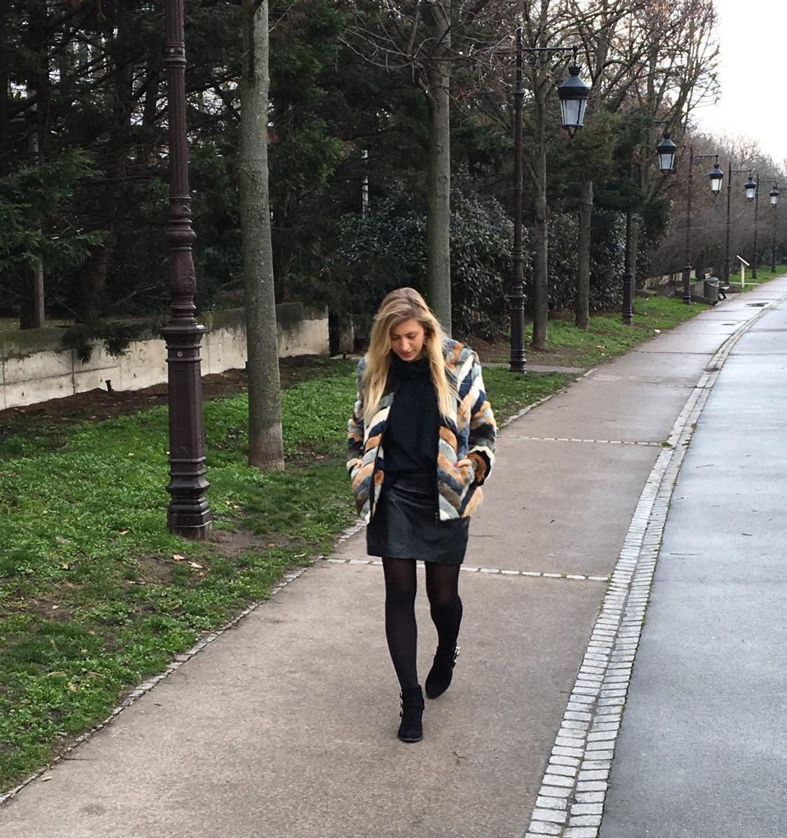 Mon beau manteau en fausse fourrure _ image 2