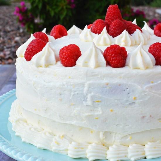 gluten free vanilla cake with lemon buttercream