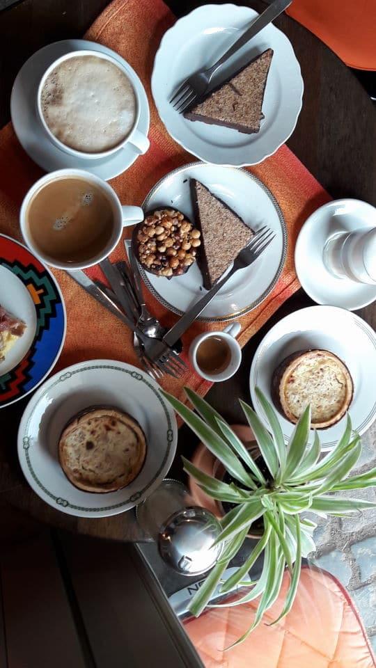 Café Hofgut Oberfeld in Darmstadt mit jeder Menge Leckereien