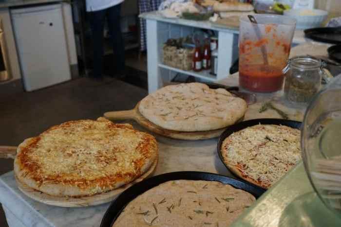 Pizza und Foccacia im La Vialla in Frankfurt