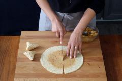 Préparation des Triangles de crêpes aux pommes