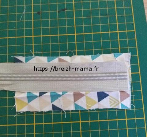 1 - Poser la fermeture envers sur endroit de votre tissu
