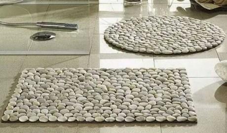 un tapis en galets