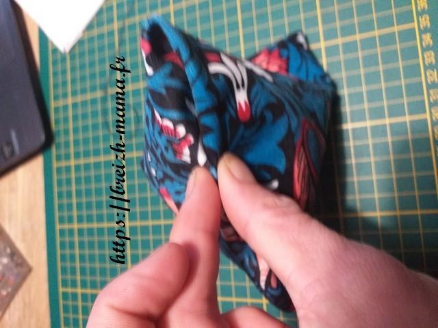 Fermer le berlingot avec une couture invisible à la main