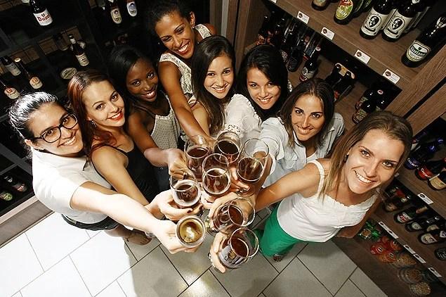 Cerveja Feminina – Confrarias femininas – Por Fernanda Fregonesi