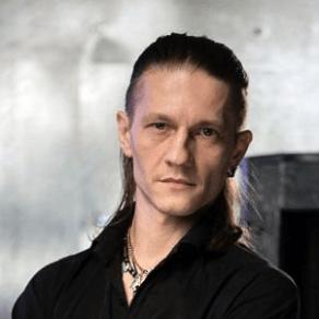 Звукорежиссёр - Евгений Бухаринов