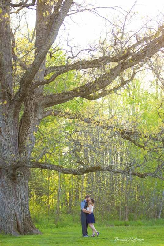 Crockery-Creek-Natural-Area-Ottawa-County-Engagement-Photo-Session (14)
