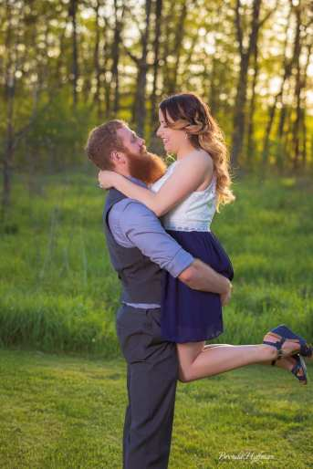 Crockery-Creek-Natural-Area-Ottawa-County-Engagement-Photo-Session (6)
