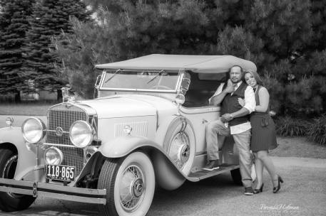 Grand-Rapids-Engagement-Session-1927-Cadillac-Lasalle (14)