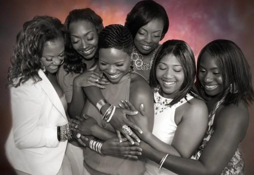circle of women