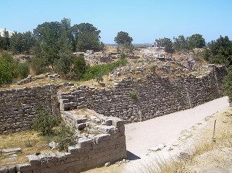 Walls of Troy VII's acropolis. (ca. 1200 BC)