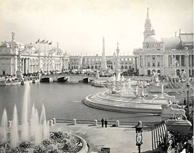 Charles Dudley Arnold's photo of Chicago Expo 1893; Court of Honor, Columbia fountain.