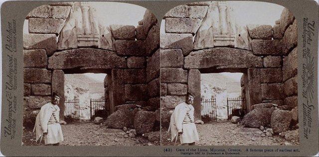Underwood & Underwood's 'The Lion Gate at Mycenae' stereo photograph. (1897)