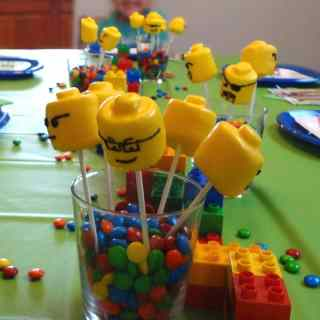 Easy Lego Birthday Party Ideas for an Amazing Home Party