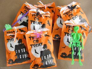 BrenDid Treat Not Trick Halloween Treat Bags Teal Pumpkin Project