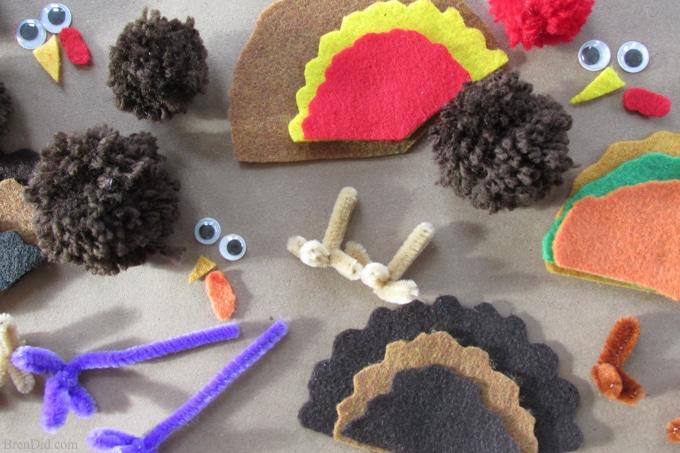 Thanksgiving kid crafts - making yarn pom pom turkeys and Free Birds on Netflix