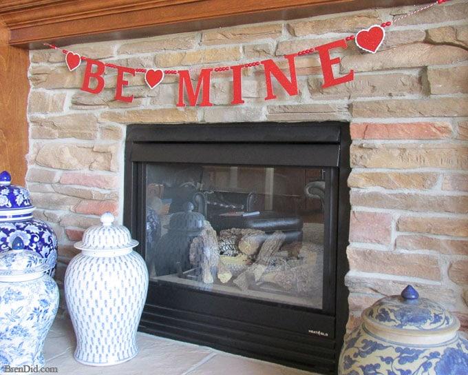 PB-Kids-Inspired-Be-Mine-Glitter-Banner-from-BrenDid-15