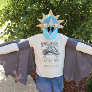 How to Train Your Dragon: DIY No Sew Dragon Wings