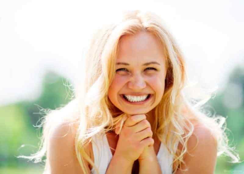 Naturally Whiten Teeth at Home , 14 ways to white teeth naturally