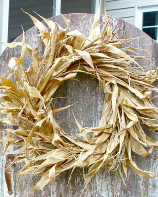 fall wreath made from corn husks