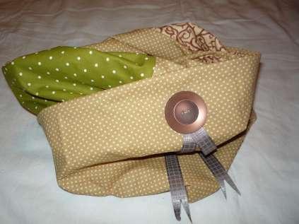 Loop Schal braun-grün mit Knopf