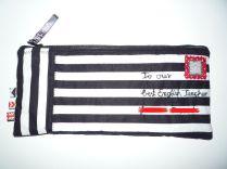 Brennender Schuh - cooles Mäppchen schwarz-weiß-gestreift in Briefoptik mit Name und Briefmarke