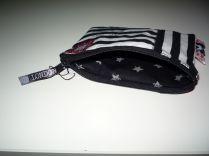 Brennender Schuh - Mini-Reißverschluss-Beutelchen innen Sterne schwarz grau