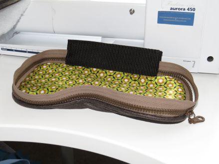 Brennender Schuh - Kameratasche mit Reißverschluss Deckel