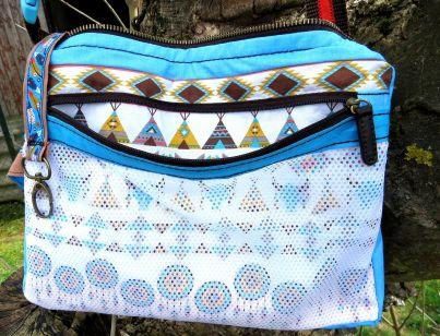 BrennenderSchuh Innenseite mit Reißverschlussfach aus Mesh, Netzstoff in Fransen-Handtasche im Leder-Reptilien-Indianer-Look, braun-türkis, genäht